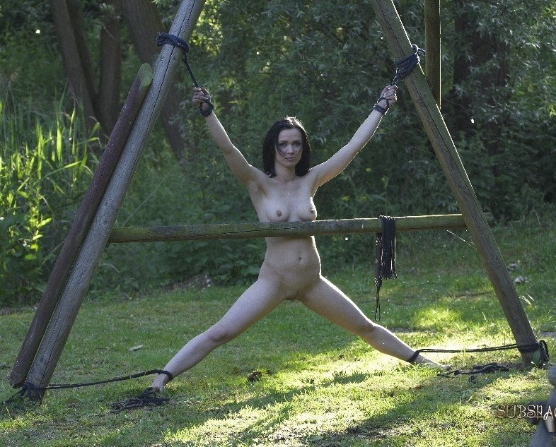 Naked wife outdoor bound